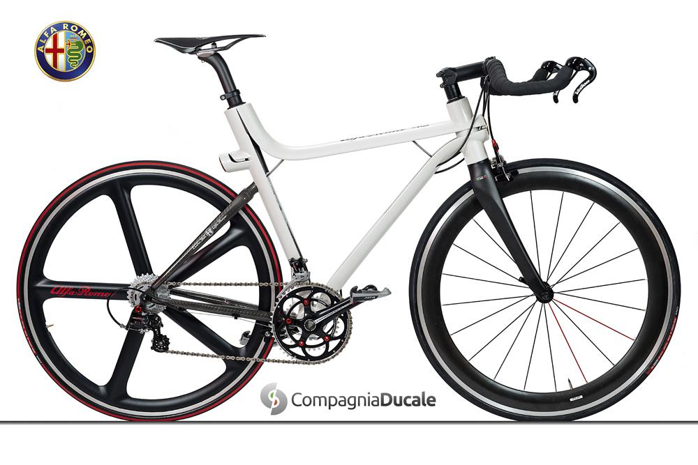 "Alfa Romeo – ""4C"" für Biker"