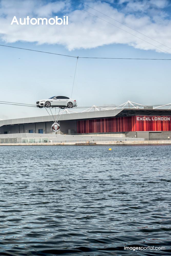 Jaguar – XF Hochseil-Stunt
